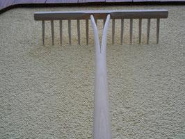 Holzrechen ( Streurechen der Allroundler im Garten)