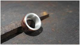 Ring Feuerpatinierte Bronze