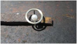 Schwebender Ring - Perle