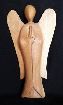 Engel aus Suar Holz