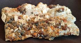 Zinkblende, Calcit, Chalkopyrit, Chalcedon