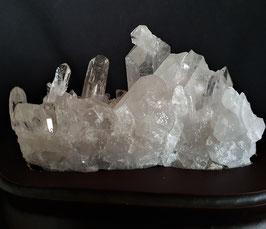 Bergkristall auf Holzständer