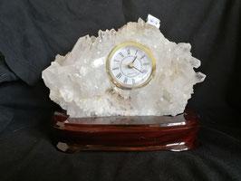 Edelsteinuhr Bergkristall