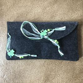 Clutch Kleeblatt grün