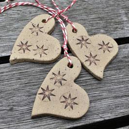 Geschenkanhänger mit Sternchen
