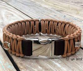 Hundehalsband mit Klickverschluss für coole Hunde. Leder 35 mm breit 42cm lang