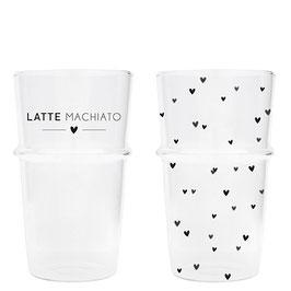 Glas Latte oder Herzen