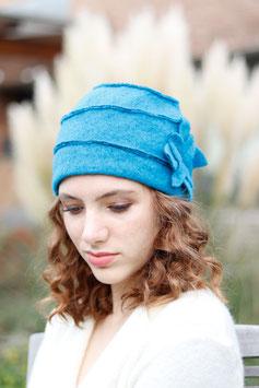 Wollmütze 30-er Jahre-Stil blau mit Blume