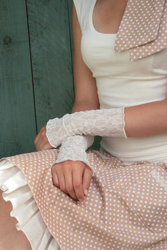 Elegante Brautstulpen Spitze cremeweiß