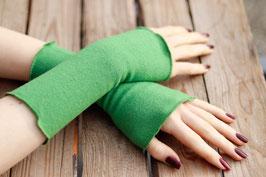 Stulpen Merinowolle frisches Grün