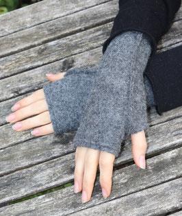 Stulpen Wolle Daumenloch grau