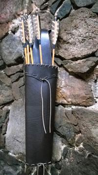 Rückenköcher mebo 9 Robin Hood Stil aus starkem Glattleder 2,5-4 mm in bester Sattlerqualität