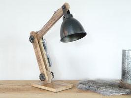 By Mooss Stoere tafellamp met zwart metalen kap