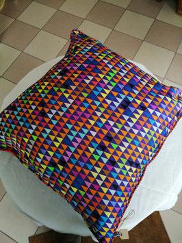 Kissen der Textiledesignerin Regina Peretto von Vista Textiles, Zürich - RESERVIERT