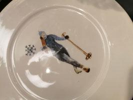 Teller Skifahrer_in - noch je 2 Stück vorhanden