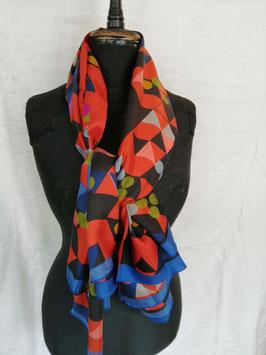 Seidenschal der Textildesignerin Regina Pereto von Vista Textiles, Zürich