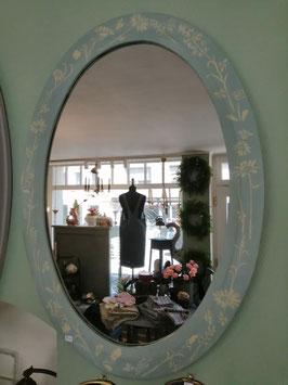 Blumiger ovaler Spiegel - Einzelstück