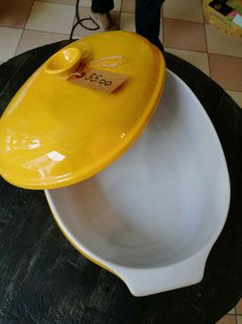 Cocotte in der Trendfarbe gelb (Vintage)