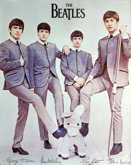 THE BEATLES(ぬいぐるみのロバに足を乗せてる/音楽ポスター)