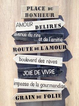 """Panneau directionnel """"place du bonheur"""" moyen personnalisable taupe et noir patiné"""