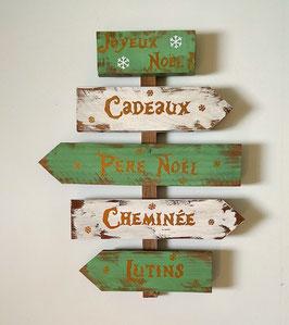 Décoration de Noël personnalisable, panneau vert et blanc fléché en bois de palette