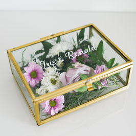 Personalisierte Ringbox aus Glas in Gold