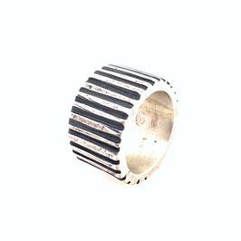 Silberring mit Zahnrad Optik Art. N° 9422