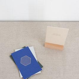 Monk & Anna - Zitat & Grafikkarten Box mit Holzaufsteller - 8er-Set