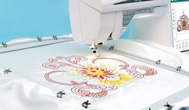 Designer™ Majestic Hoop. 920222096