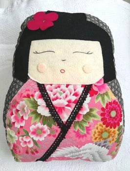 "Kit de coussin KOKESHI "" MOMOKO """