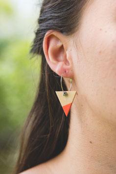 """Boucles d'oreilles triangles 1"""" sur anneaux créoles"""