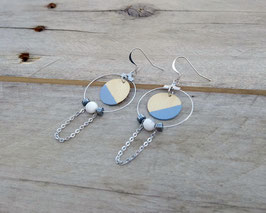 Boucles d'oreilles en bois, rondes avec anneaux d'inox, chaînes et billes