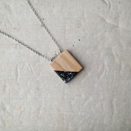 Pendentif minimaliste carré en bois canadien (frêne), corde ou chaîne à votre choix