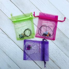 Ensemble DIY pour 6 ou 10 bracelets à assembler pour enfants - bois et plastique