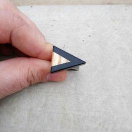 Bague triangle ajustable chevron noir, en bois de frêne canadien, choix de jonc en étain ou inox