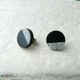 Puces d'oreilles rondes en merisier, noir et argent