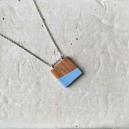 Pendentif minimaliste carré en bois de noyer canadien, corde ou chaîne à votre choix