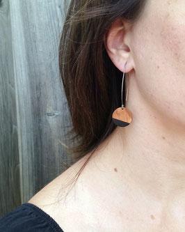 Boucles d'oreilles en bois, rondes sur longs crochets en inox