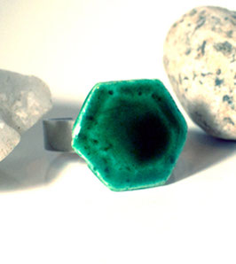 Bague mode hexagonale Vert Emeraude
