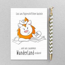 Leonie Löwenherz - Lass uns Papierschiffchen basteln …  - A6 Postkarte
