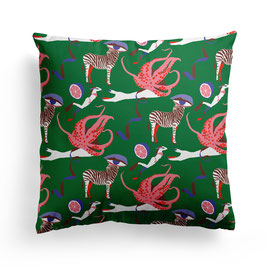 PILLOW »SWIMMING WITH AN OCTOPUS«