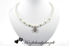 "Perlenkette ""Blütenherz"""