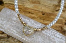 "Perlenkette ""Großes Strassherz"" - goldfarben, facettiert"