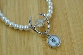 Perlenkette einreihig mit Hirschgeweih und Straubing-Anhänger