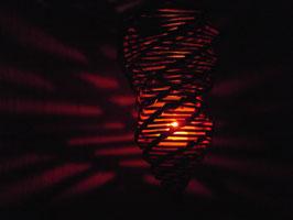 """""""Lichtspirale"""" Teelichthalter aus ungeschälter Weide"""