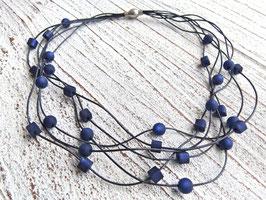 Lederkette dunkel blau mit Polaris Perlen