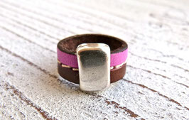Lederring in braun und pink mit Zamak Element