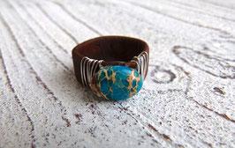 Ring aus Kork in braun mit  Impressionsjaspis