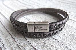 Wickelarmband aus grauem Leder mit Strasssteinen und Zamak Magnetverschlusse