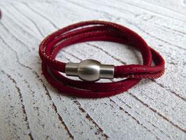 Wickelarmband aus veganem Kork in dunkelrot